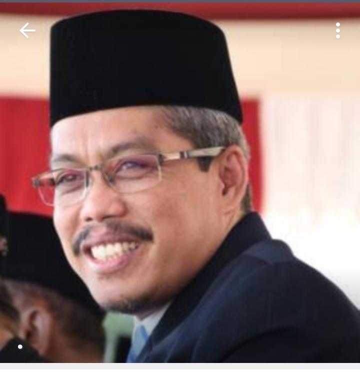 Drs. Ahmad Suyuti, M.Pd.I Kepala MTsN 8 Banyuwangi